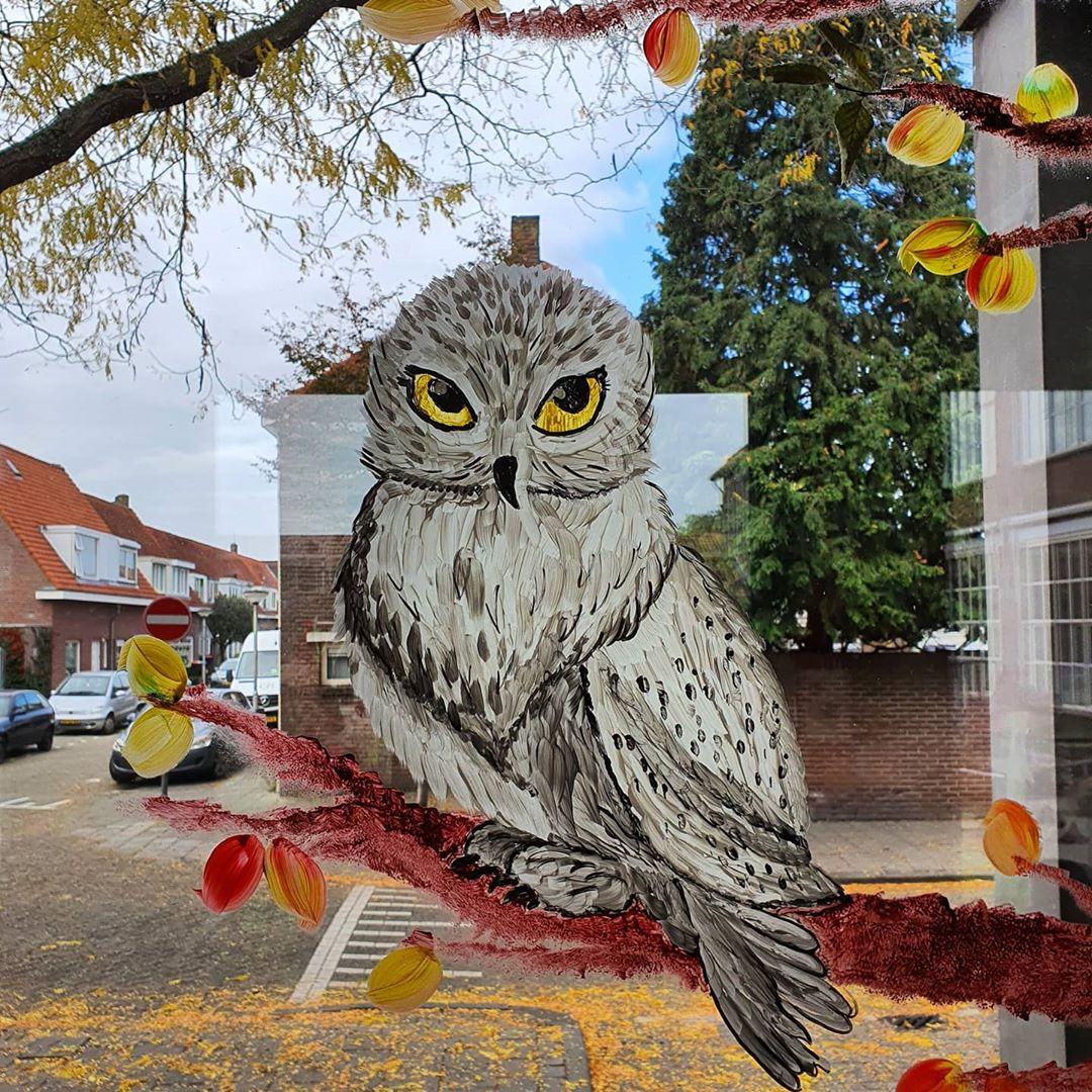 boomschildering raam schildering tekening acrylverf herfst basisschool zuidwester school uil