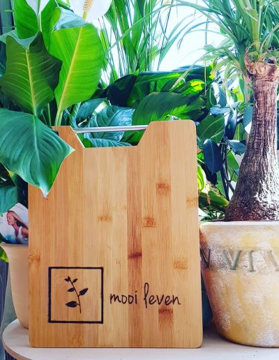 Logo Mooi Leven gebrand in hout