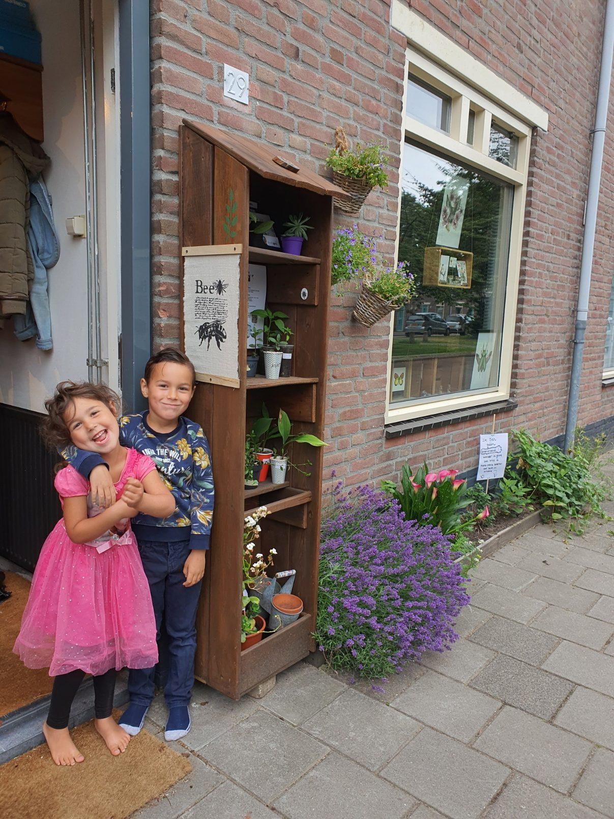 kinderen plantenbieb botanica rotated